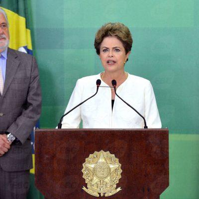 Dilma se disse indignada com pedido de impeachment aceito por Eduardo Cunha