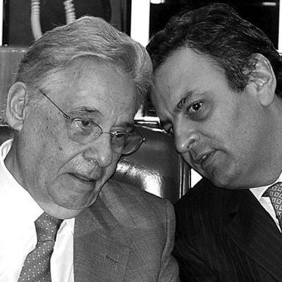 Em 2001, a Câmara, presidida por Aécio, aprovou o projeto de flexibilização trabalhista do então presidente FHC. Lula arquivou/ ANTONIO CRUZ/AGÊNCIA BRASIL