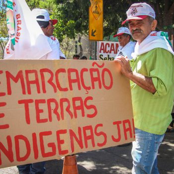 Entre as pautas ignoradas pelo governo, estão a demarcação das terras indígenas (Foto: Cimi)
