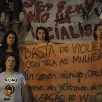 Ato contra a violência direcionada à mulher, no Rio (Foto: Fernando Frazão / Agência Brasil)