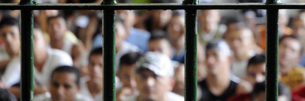 Para especialistas, massacres são consequências das falhas do sistema prisional brasileiro