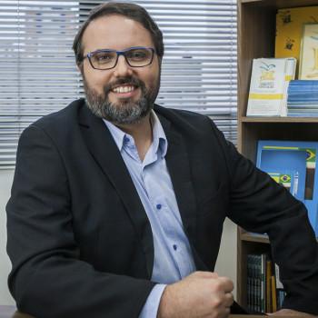 Daniel Cara, coordenador geral da Campanha Nacional Pelo Direito à Educação (Foto: Acervo Campanha)