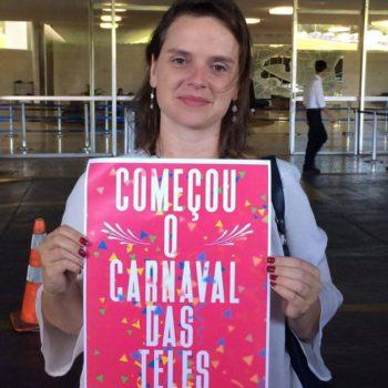 Bia Barbosa em protesto contra o PL das Teles (Foto: Divulgação Facebookl)