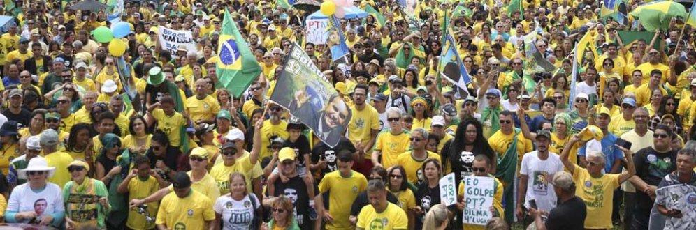 Bolsonaro ameaça quem discordar com prisão ou exílio: 'Serão banidos'