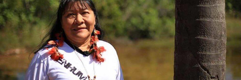'Nós estamos escrevendo nossa história', diz primeira mulher indígena eleita deputada