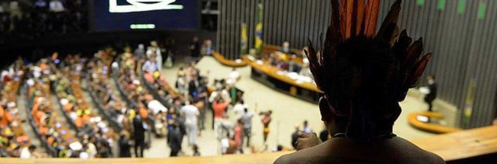 Para controlar demarcações, bancada ruralista quer mudar de novo o Estatuto do Índio Foto: Evaristo Sá / AFP