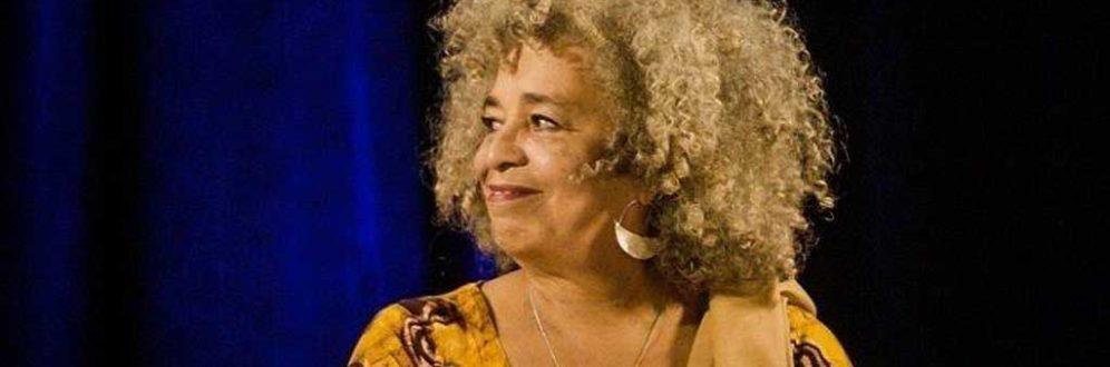 'Quando mulheres negras se levantam, o mundo se ergue conosco'