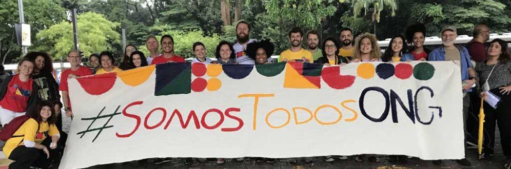 Resistência é a palavra de ordem no campo de defesa de direitos humanos no Brasil